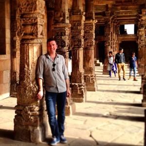 Exploring Qutub Minar in Delhi